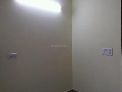 Gallery Cover Image of 300 Sq.ft 1 BHK Independent Floor for rent in Sector 5 Rohini for 15000