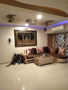Gallery Cover Image of 1800 Sq.ft 4 BHK Villa for buy in Presidency Classic County, Mira Road East for 20000000