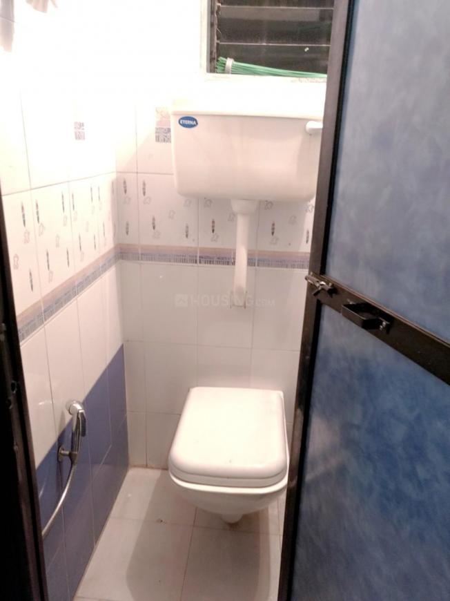 Common Bathroom Image of 670 Sq.ft 1 BHK Apartment for rent in Kalyan East for 19000