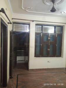 Gallery Cover Image of 700 Sq.ft 2 BHK Apartment for rent in Paschim Vihar for 13000