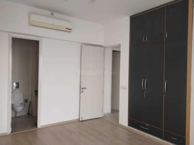 Gallery Cover Image of 950 Sq.ft 2 BHK Apartment for rent in Sector 82A for 15000