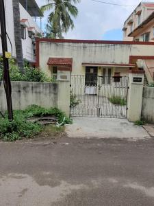 Gallery Cover Image of 2400 Sq.ft 2 BHK Independent House for buy in Virugambakkam for 25000000
