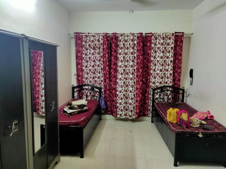 ठाणे वेस्ट में साई के हॉल की तस्वीर
