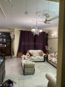Gallery Cover Image of 1600 Sq.ft 3 BHK Apartment for rent in Katyayani Apartment, Sector 6 Dwarka for 35000