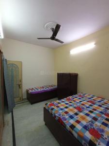 Bedroom Image of Girl's PG in Pitampura