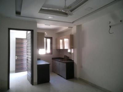 Gallery Cover Image of 650 Sq.ft 2 BHK Apartment for buy in Sector 8 Dwarka for 5500000