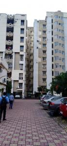 Gallery Cover Image of 1300 Sq.ft 3 BHK Apartment for rent in Millenium Towers, New Town for 17000