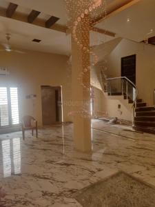 Gallery Cover Image of 2900 Sq.ft 4 BHK Villa for rent in Egmore for 75000