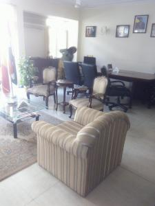 Gallery Cover Image of 4500 Sq.ft 4 BHK Independent Floor for buy in Panchsheel Park for 50000000
