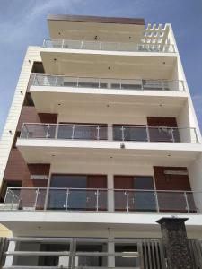 Gallery Cover Image of 1650 Sq.ft 3 BHK Independent Floor for rent in Sushant Lok I for 55000