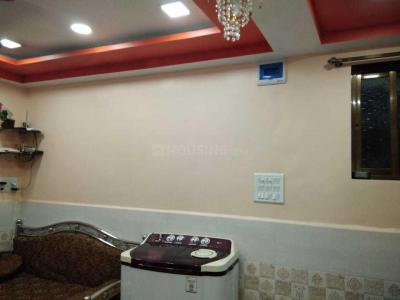 Gallery Cover Image of 300 Sq.ft 1 RK Apartment for rent in Bandra West for 28000