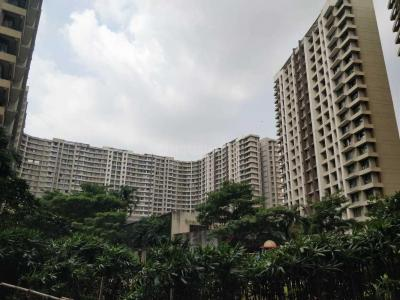 Gallery Cover Image of 1150 Sq.ft 2 BHK Apartment for buy in Kalpataru Aura, Ghatkopar West for 25000000