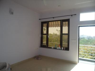 Gallery Cover Image of 1000 Sq.ft 2 BHK Apartment for rent in Vasant Kunj for 32000