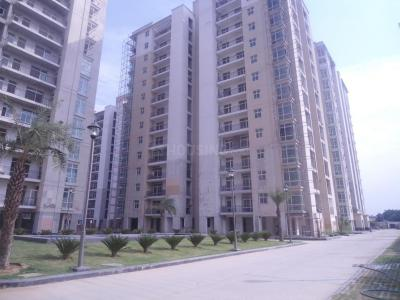 Gallery Cover Image of 1974 Sq.ft 3 BHK Apartment for rent in Sector 78 for 20000