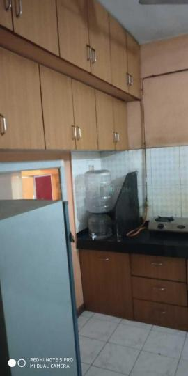 Kitchen Image of 960 Sq.ft 2 BHK Apartment for rent in Magarpatta City for 28000