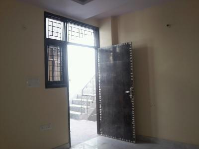 Gallery Cover Image of 500 Sq.ft 2 BHK Apartment for buy in Mayur Vihar Phase 1 for 3100000