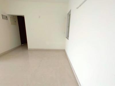 Gallery Cover Image of 950 Sq.ft 2 BHK Apartment for rent in Raheja Sherwood, Goregaon East for 52000