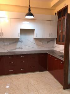 Gallery Cover Image of 950 Sq.ft 2 BHK Apartment for buy in Gyan Khand for 4800000