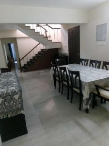 Gallery Cover Image of 1800 Sq.ft 3 BHK Apartment for rent in Palavakkam for 35000