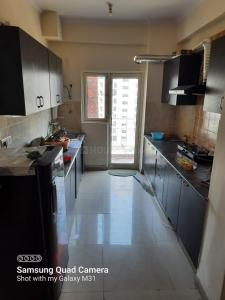 Gallery Cover Image of 1750 Sq.ft 3 BHK Apartment for rent in GOLF CITY, Sector 75 for 21000