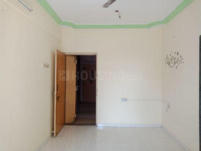 Gallery Cover Image of 710 Sq.ft 1 BHK Apartment for rent in Seawoods for 22600