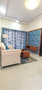 Gallery Cover Image of 259 Sq.ft 1 RK Apartment for buy in AV Crystal Tower, Vasai East for 1850000