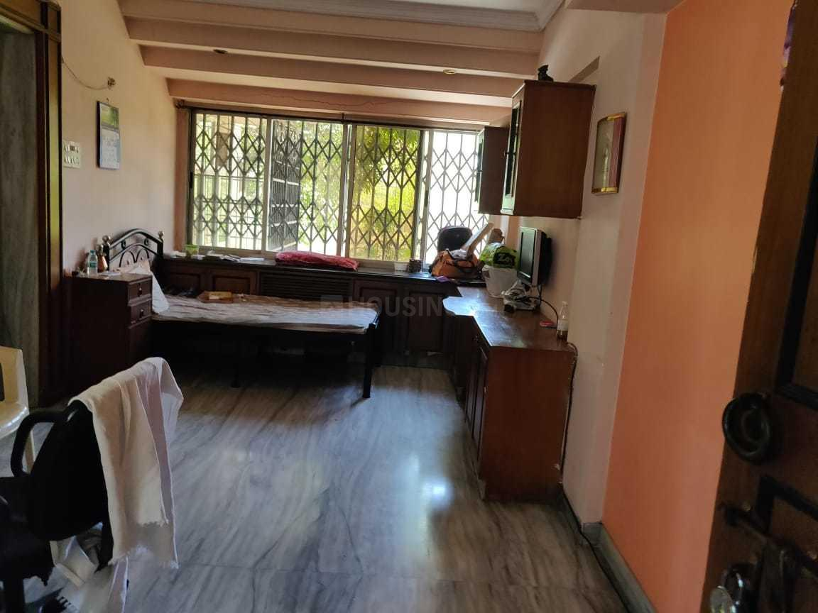 Living Room Image of 510 Sq.ft 2 BHK Apartment for rent in Juhu for 65000