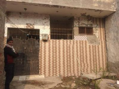 Gallery Cover Image of 450 Sq.ft 1 BHK Independent House for buy in Sector 104 for 1200000
