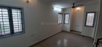 Gallery Cover Image of 1150 Sq.ft 2 BHK Apartment for rent in Thoraipakkam for 15000