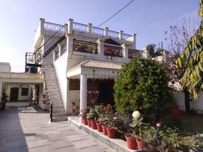 Gallery Cover Image of 1500 Sq.ft 2 BHK Independent Floor for rent in Rajender Nagar for 16000