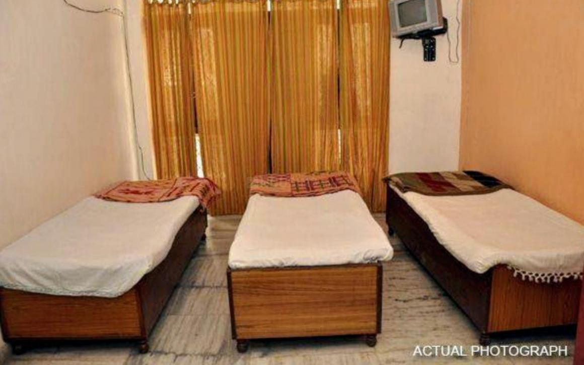 Bedroom Image of Vishal PG in Sector 103