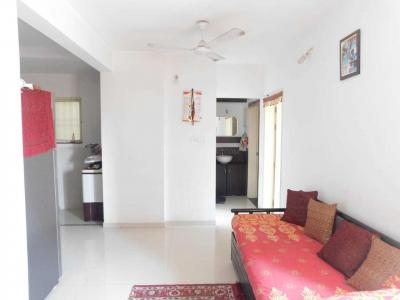 Gallery Cover Image of 750 Sq.ft 2 BHK Apartment for rent in Dhanori for 15000