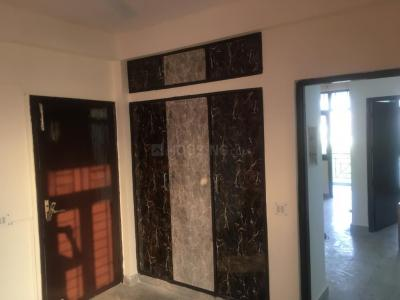 Gallery Cover Image of 1700 Sq.ft 3 BHK Apartment for rent in Sector 4 Dwarka for 26000