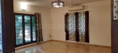 Gallery Cover Image of 3400 Sq.ft 4 BHK Villa for rent in Neelankarai for 130000