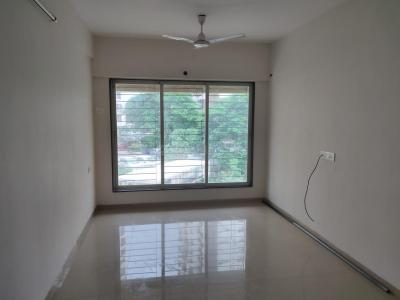 Gallery Cover Image of 900 Sq.ft 2 BHK Apartment for rent in Pushkraj, Malad East for 34000