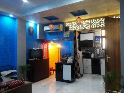 Gallery Cover Image of 750 Sq.ft 2 BHK Independent Floor for rent in Aya Nagar for 15000