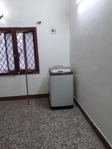 Gallery Cover Image of 800 Sq.ft 2 BHK Apartment for rent in Kolathur for 14000
