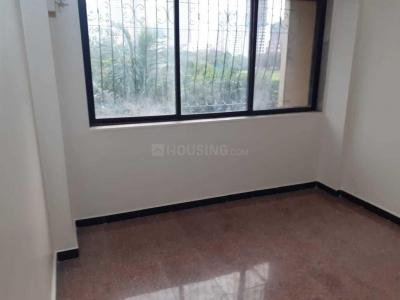 Gallery Cover Image of 850 Sq.ft 2 BHK Apartment for rent in Malad East for 32000