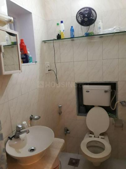Bathroom Image of Privet Room Well Furnished in Worli