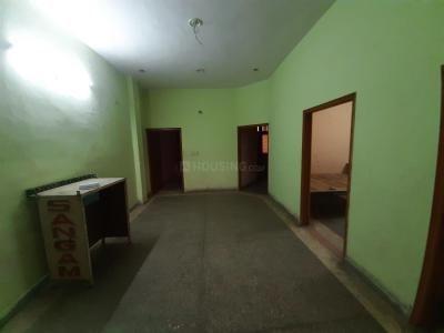 Gallery Cover Image of 1700 Sq.ft 4 BHK Apartment for rent in Shastri Nagar for 11000