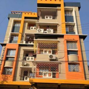 Gallery Cover Image of 1200 Sq.ft 3 BHK Apartment for rent in Kasba for 15500