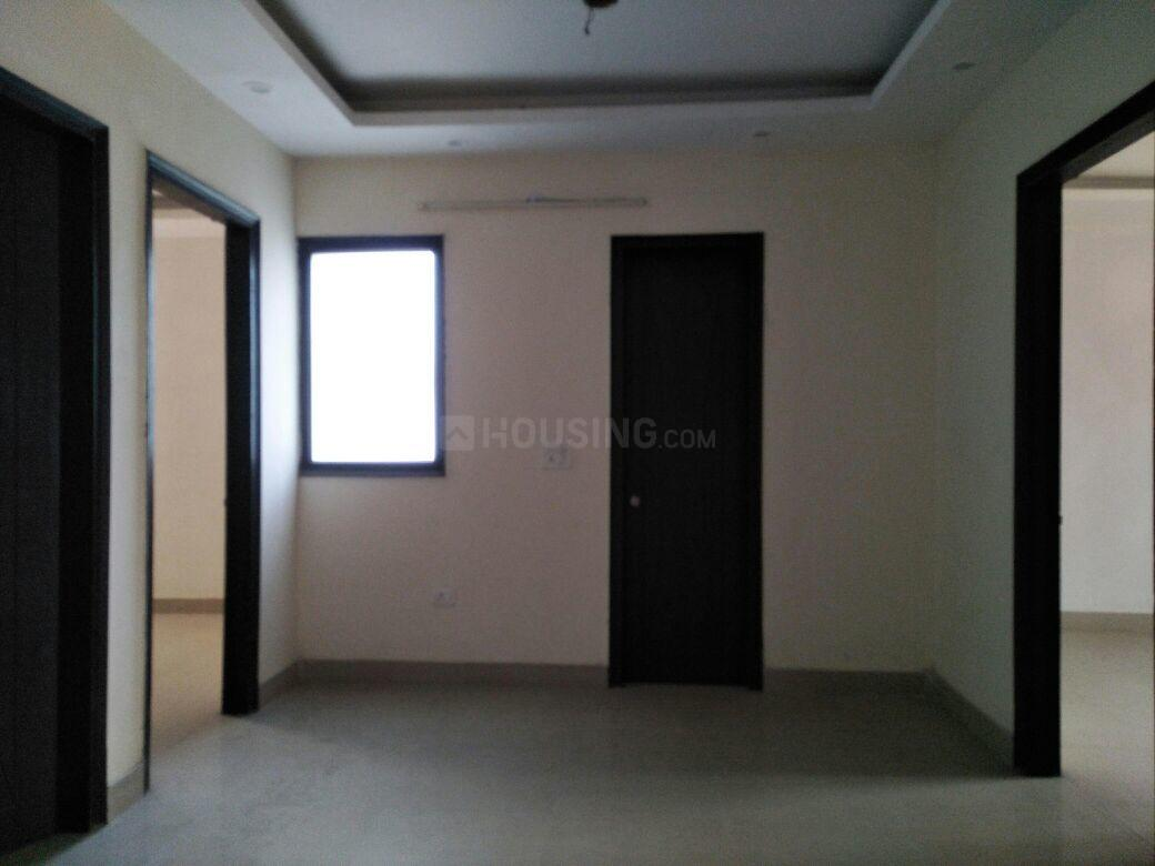 Living Room Image of 1350 Sq.ft 3 BHK Apartment for buy in Sector 21C for 7800000