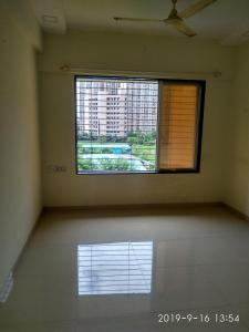 Gallery Cover Image of 700 Sq.ft 1 BHK Apartment for rent in Kandivali West for 23000