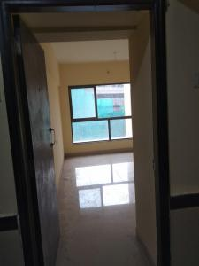 Gallery Cover Image of 751 Sq.ft 2 BHK Apartment for rent in Thane West for 23000