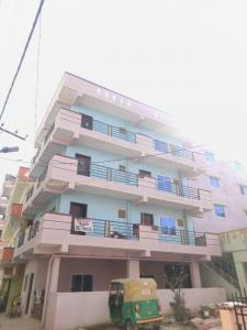 Gallery Cover Image of 550 Sq.ft 1 BHK Apartment for rent in VVS Residency, Whitefield for 9500