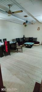 Gallery Cover Image of 1125 Sq.ft 2 BHK Apartment for rent in Pragati Apartments, Paschim Vihar for 30000