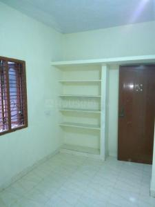 Gallery Cover Image of 350 Sq.ft 1 BHK Villa for rent in Medavakkam for 5000