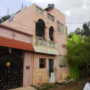 Gallery Cover Image of 1200 Sq.ft 2 BHK Independent House for buy in Korattur for 6900000