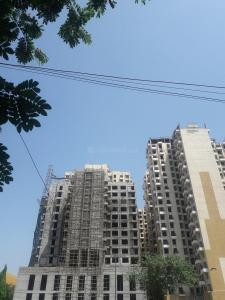 Gallery Cover Image of 900 Sq.ft 2 BHK Apartment for rent in Dahisar East for 18000