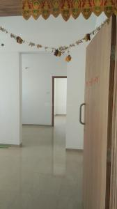 Gallery Cover Image of 1100 Sq.ft 2 BHK Apartment for rent in Nobles Palm One, Kondhwa Budruk for 16000